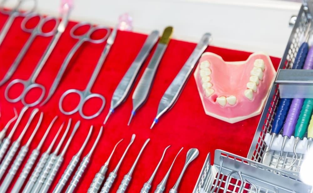 拔牙植牙最快可以一日完成?拔牙植牙一次完成不是夢