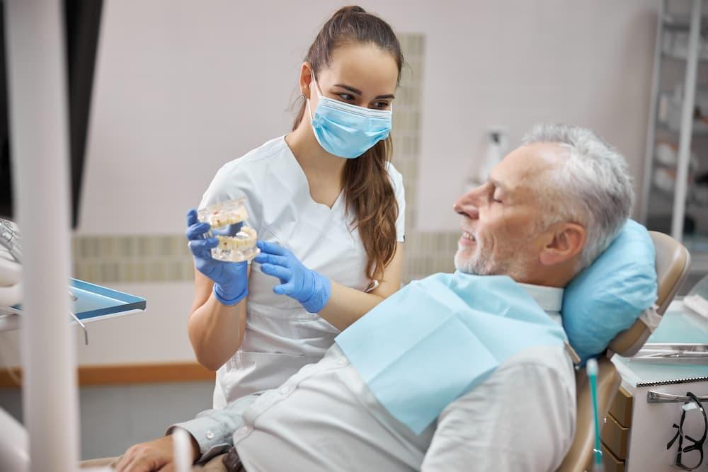 無痛植牙新技術介紹,無痛植牙費用多少?